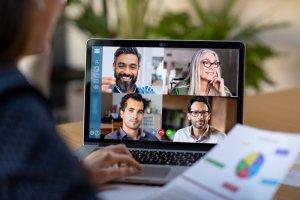 Streaming-y-videoconferencias-apoyan-clases-virtuales-cehis-eventovirtual